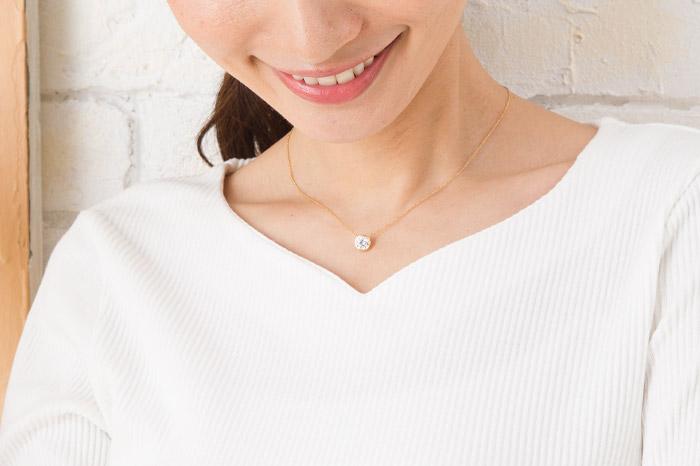 予算10000円で探す、30代女性のプレゼントに贈る ネックレス7選