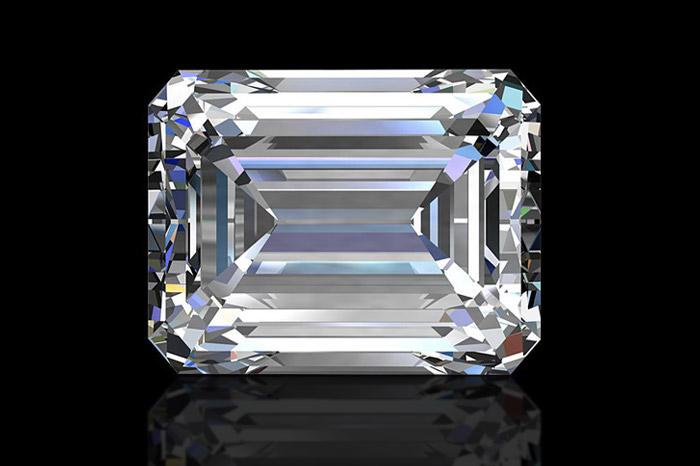エメラルドカットダイヤモンドの魅力